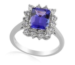 Stunning 925 Sterling Silver Tanzanite Ring