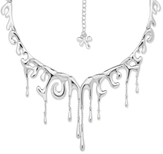 Silver jewellery works for cold, glittering styles