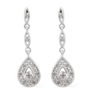 Make a statement with stunnning earrings