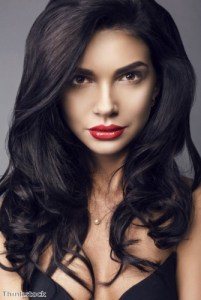 Go dark for spring with black and brunette tresses