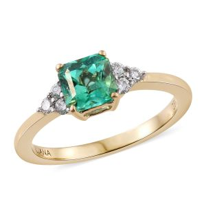 Boyaca Colombian Emerald and Diamond Ring
