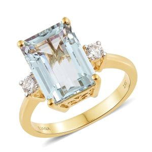 Espirito Santo Aquamarine and Diamond Ring