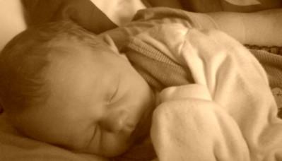 Schlaf festigt Erinnerungen – und zwar nicht nur bei Erwachsenen, sondern schon bei Kleinkindern im ersten Lebensjahr. Das zeigten Forscherinnen um Dr. Sabine Seehagen von der Ruhr-Universität Bochum (RUB) erstmals […]