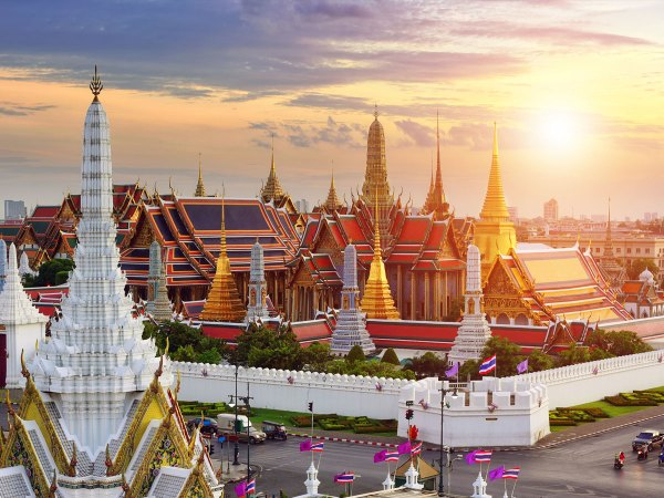 Thailand has so many Muslim vacation spots so it must appear in your best Muslim countries to visit list! Make your halal bookings to Bangkok soon!