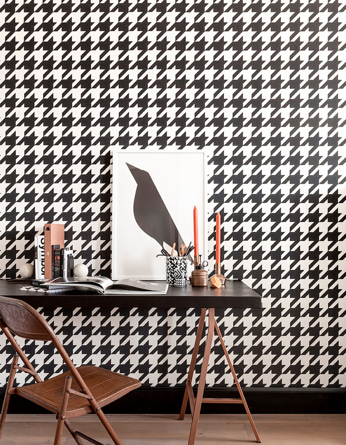 Black & White Dogstooth Wallpaper for Your Home Office R2542