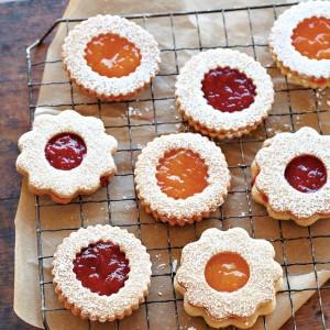 Strawberry Jam Sandwich Cookies