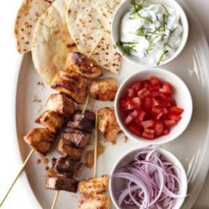 Quick Kabob Pita Sandwiches with Tzatziki