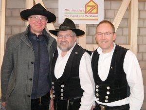 Von links nach rechts: Richard Betz, Mein Lehrmeister Josef Feser und Herrn Lang, den Obermeister der Zimmererinnung Würzurg