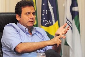 Prefeito Carlos Eduardo