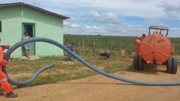 Prefeitura de Jardim de Angicos oferece gratuitamente o serviço de limpeza de fossas