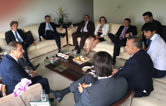 Deputada Federal Zenaide em reunião da bancada