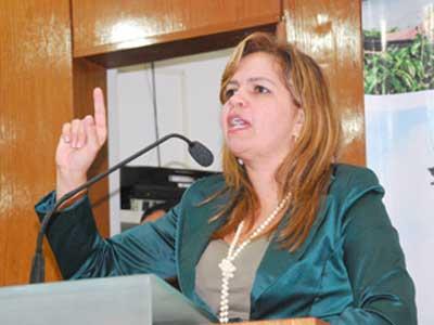 Bastidores: Convocada para reunião com Zenedy, Raíssa Lacerda não comparece ao encontro
