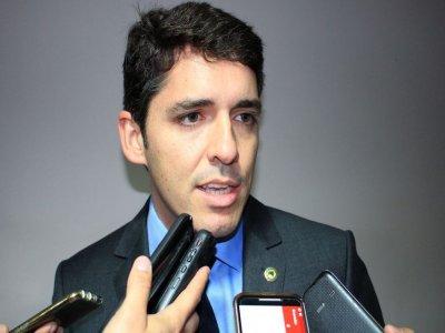 Lei seca: Deputado tem Carteira Nacional de Habilitação suspensa por um ano