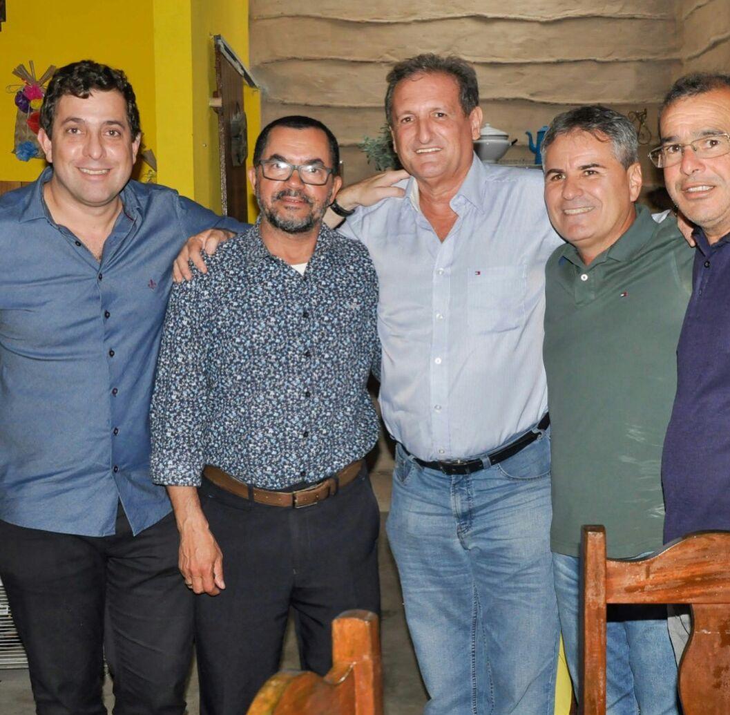 Parceria: Gervásio Maia e Hervázio Bezerra fecham dobradinha em cidade do brejo