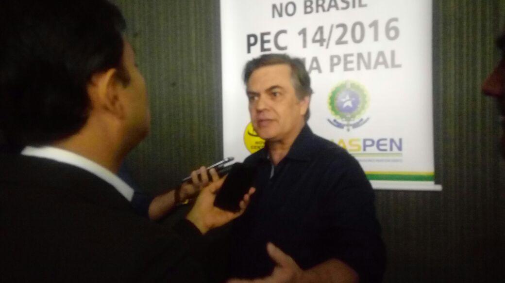 Cássio levanta suspeita de direcionamento em licitação de OS com Governo do Estado