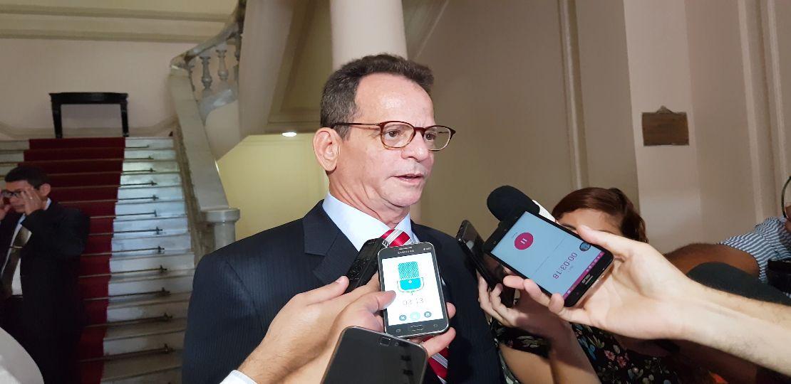 Marcos Vinícius diz que está bem no PSDB, mas admite deixar a legenda