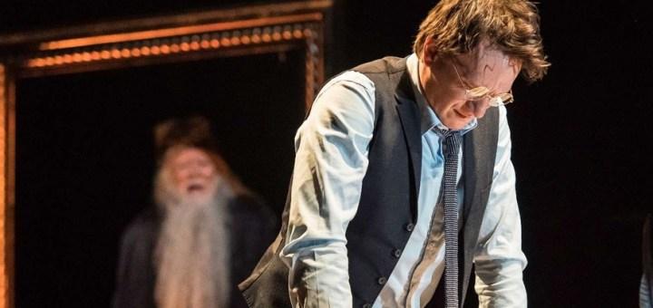 harry-potter-dumbledore-cursed-child