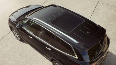What's The Difference Between A Moonroof And A Sunroof? - Crown Honda