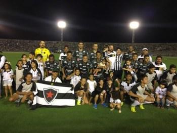 Tr�s Botafogos incomodam muita gente…