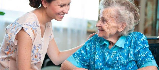 funiber-cuidador-demencia