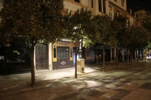 05/12/2017: Bares del paseo Colón cerrados.