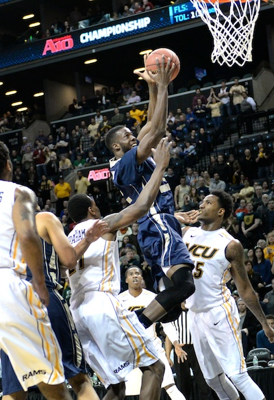 Forward Isaiah Armwood got GW off to a solid start Saturday. Samuel Klein | Photo Editor