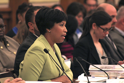 Mayor Muriel Bowser receives feedback from members of the D.C. Council on her proposed fiscal year 2016 budget. Charlie Lee | Hatchet Staff Photographer