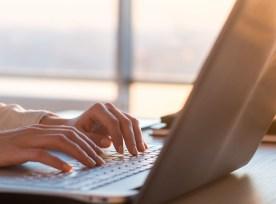 laptop-woman