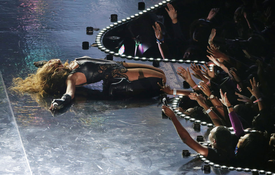 Beyonce performs during the halftime show of  the NFL Super Bowl XLVII football game between the San Francisco 49ers and the Baltimore Ravens, Sunday, Feb. 3, 2013, in New Orleans. (AP Photo/Charlie Riedel)