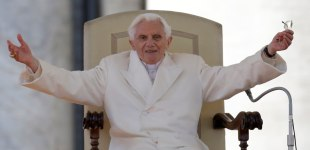 Pope Benedict XVI makes his final public address