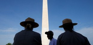 Newly restored Washington Monument reopens 33 months after 2011 earthquake