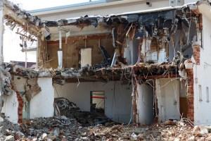 DESPUÉS DE UN DESASTRE NATURAL, ¿CÓMO MANEJAR LOS ESCOMBROS?