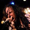 Photo du Facebook de Korn – Hampton Beach – 7 Mai 2010 Jonathan Davis, le chanteur du groupe Korn nous offre trois nouveaux titres sur le site soundcloud.com : «Final...
