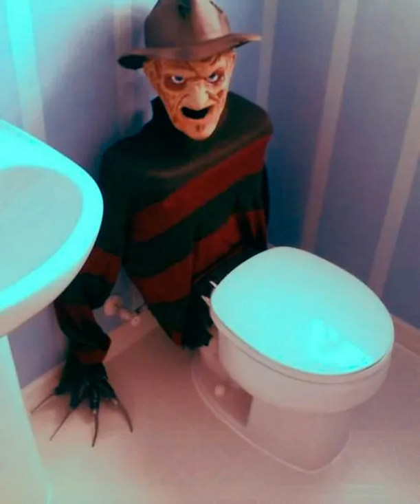 Freddy-Krueger-Toilet-Tank-Cover