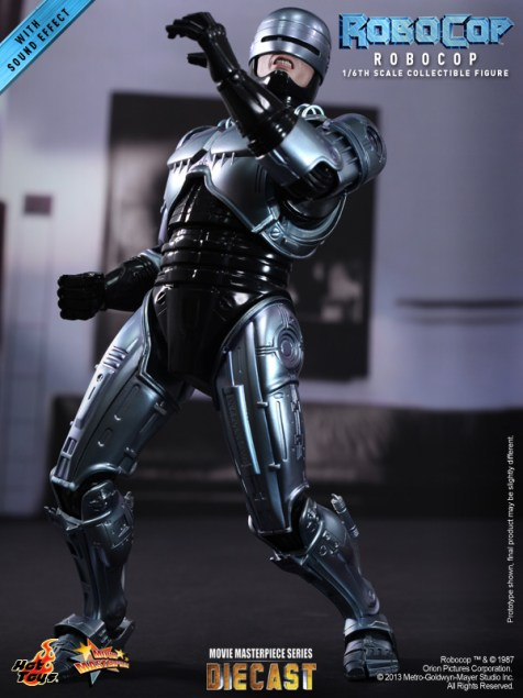 Hot Toys - RoboCop - RoboCop Collectible Figure_PR7