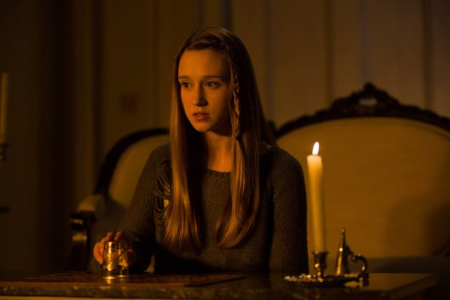 American-Horror-Story-Coven-08