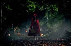 ANNA PAQUIN as Laurie in Warner Bros. Pictures and Legendary PicturesÕ horror thriller ÒTrick Ôr Treat,Ó distributed by Warner Bros. Pictures.  PHOTOGRAPHS TO BE USED SOLELY FOR ADVERTISING, PROMOTION, PUBLICITY OR REVIEWS OF THIS SPECIFIC MOTION PICTURE AND TO REMAIN THE PROPERTY OF THE STUDIO. NOT FOR SALE OR REDISTRIBUTION.