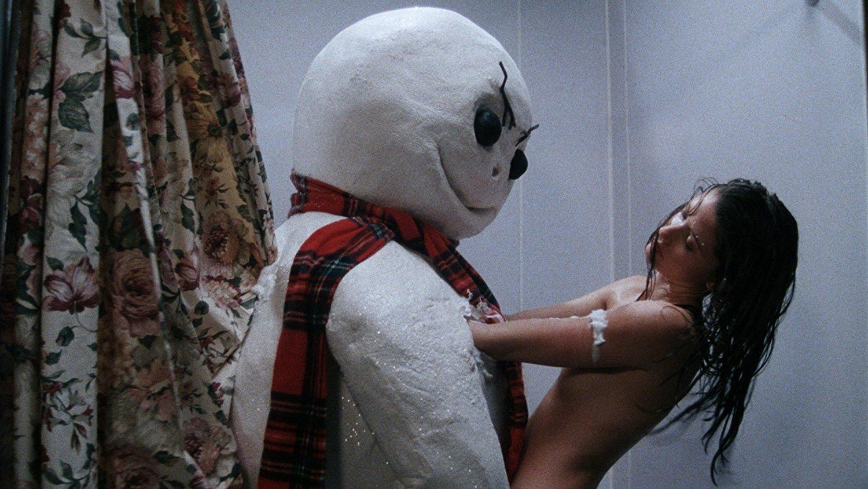 Ужасы с голыми девушками