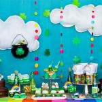 st-patricks-day-pot-of-gold-dessert-table