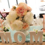 Cute Mom Letters That Add SO Much On This Mother's Day Table! - See How To Put It Together On B. Lovely Events!