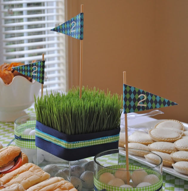 golf grass centerpiece