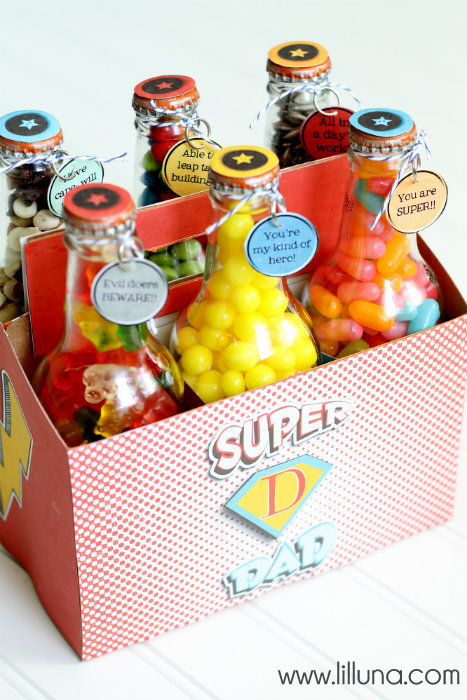 Fathers Day Super Dad Pop Box set via lil' luna with free printables and tutorial!