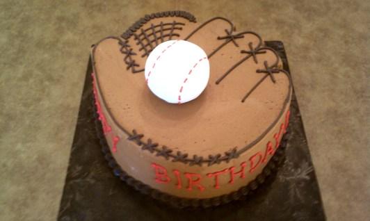 3D Baseball Mitt Cake