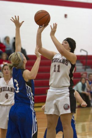 Carterville stuns Goreville : Varsity Sports