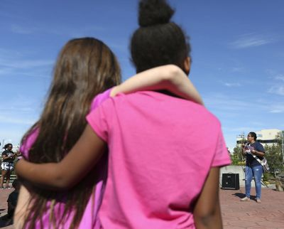 Crowd gathers in Fairbanks, calls for social justice ...