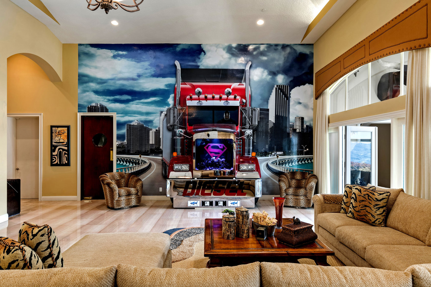 Cute Numerous Can Be This Superman Emblem Accents A Fish Tank Set Into Amural At Square Orlando Home Is Fittingly Larger Life Home Coupon Code Life Home Amazon Seller For Shaquille Complete houzz-03 Life And Home