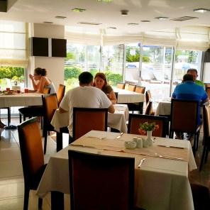 antalya açıkbüfe kahvaltı konyaaltı denize kenarında oteller best breakfast in antalya (66)