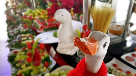 antalya açıkbüfe kahvaltı konyaaltı denize kenarında oteller best breakfast in antalya (70)