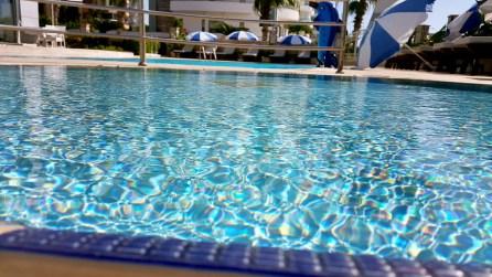 antalya yüzme havuzu konyaaltı sahilde oteller blue garden hotel (23)