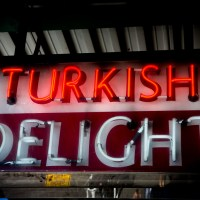 Turkish Delight - neon sign Near Pike Place Market in Seattle, Washington. | Blurbomat.com | Blurbomat.com